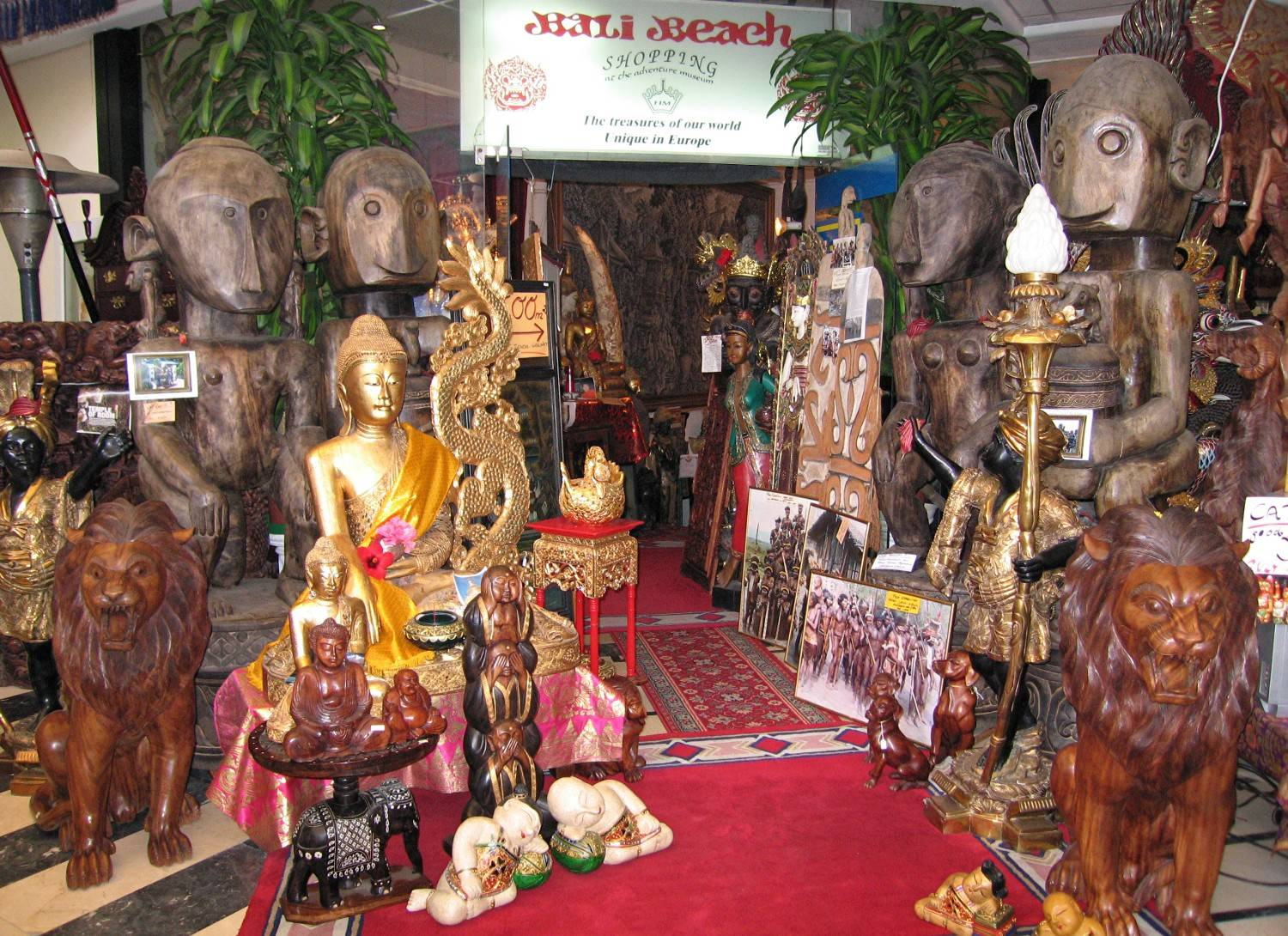 entrance of Bali Beach Museum Shop